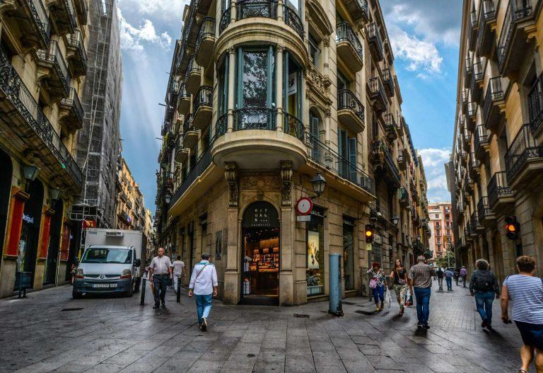 الحي القوطي برشلونة .. تعرف على أشهر الأماكن السياحية في الحي القوطي ببرشلونة | بحر المعرفة