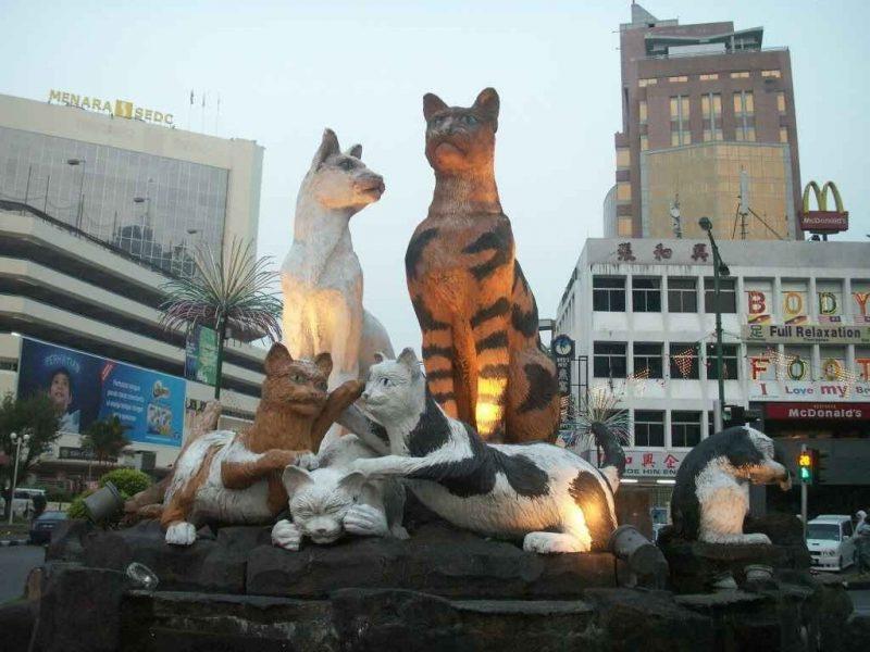 السياحة في كوتشينغ ماليزيا : واجمل الاماكن السياحية