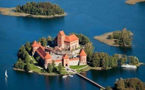 أشياء تشتهر بها ليتوانيا … رحلة مميزة إلى دولة ليتوانيا البلطيقية