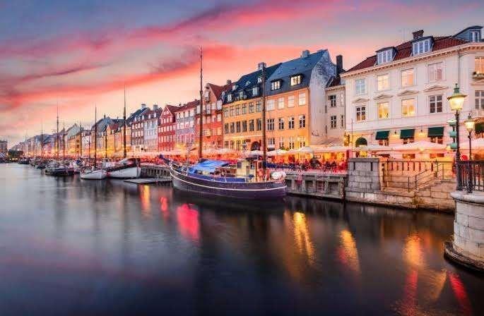 الطقس في الدنمارك .. دليلك للتعرف على درجات الحرارة على مدار العام في الدنمارك –