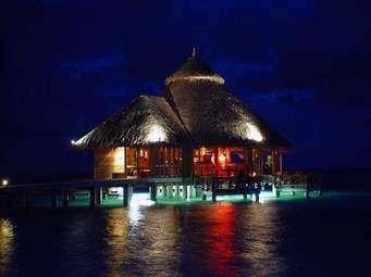 معلومات عن دولة جزر المالديف .. الأوضاع الاقتصادية ومعالم الحياة الدينية في أرخبيل القارة الآسيوية