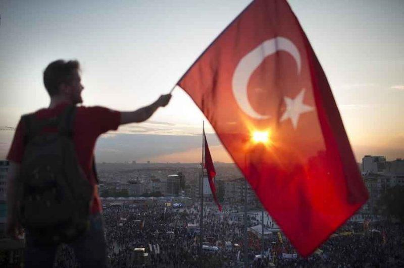 عادات وتقاليد الشعب التركي .. معلومات هامة حتماً ستفيد عند سفرك إلى تركيا