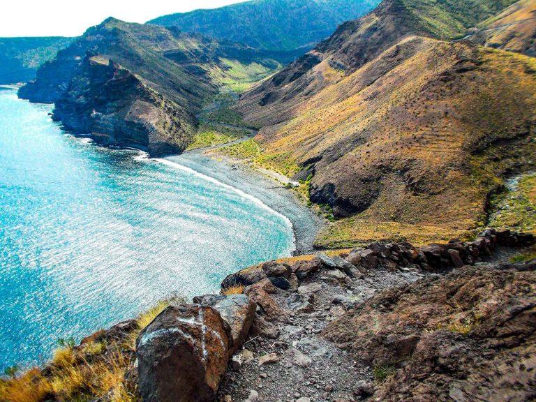 """السياحة في جزيرة لاغوميرا الإسبانية .. أجمل جزر الكنارى و رحلة جميلة فى """" لاغوميرا الإسبانية """" .."""