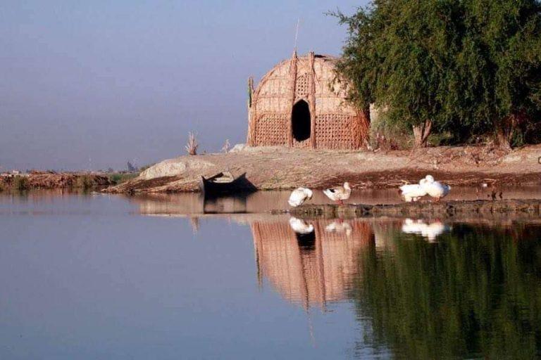 السياحة في اهوار العراق … تعرف على اهوار العراق احد مواقع اليونسكو للتراث العالمي