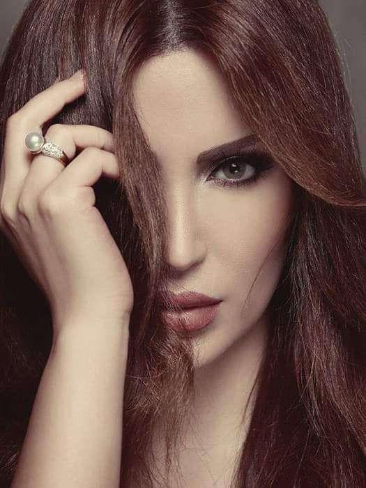 الممثلة نسرين طافش