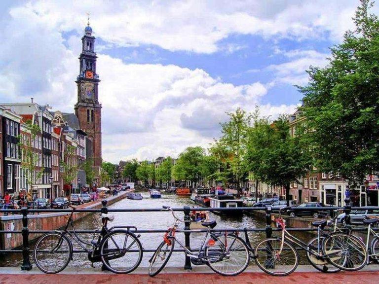 السياحة في هولندا شهر نوفمبر