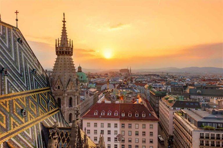 المطاعم الحلال في فيينا : أفضل ٧ مطاعم تقدم وجبات حلال
