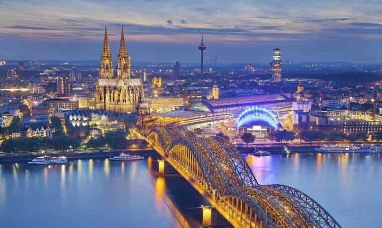 السياحة في ألمانيا شهر نوفمبر