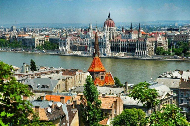 معلومات عن دولة هنغاريا…اهم المحاصيل والكثافة السكانية بها